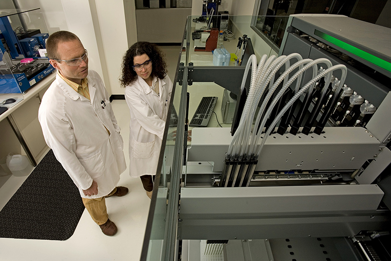 Lab at CSIRO, Photographer : David McClenaghan on September 11 2007.